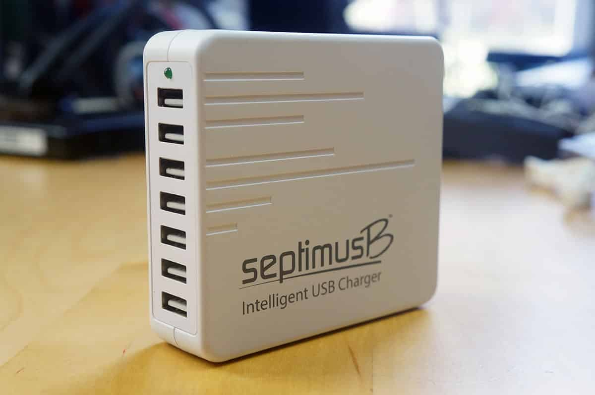 inStream SeptimusB 7 Port Fast USB Charger